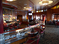 Queen Mary Cocktail Lounge